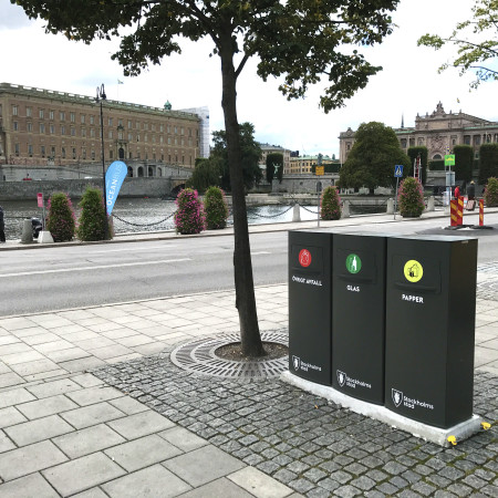 Mango recycling bins / receptacles for outdoor use